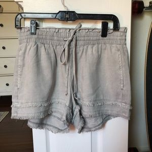 Cloth and Stone drawstring shorts